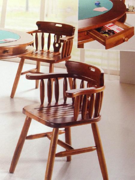 Cadeiras e mesas para jogo