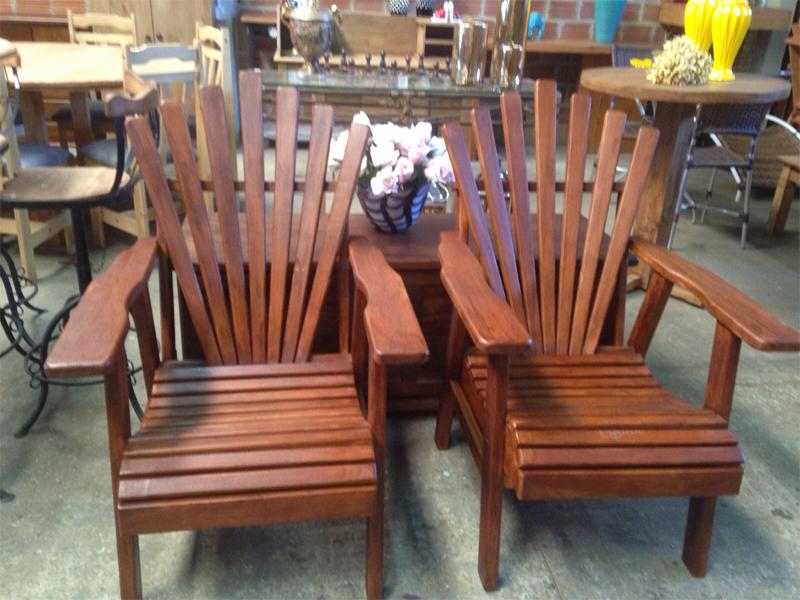 Cadeiras Pavão