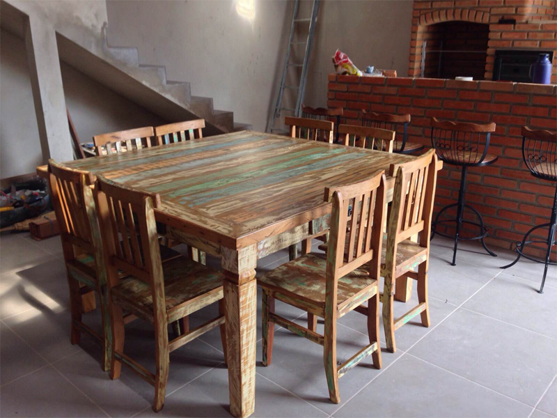 Mesa - Cadeira - Banquetas