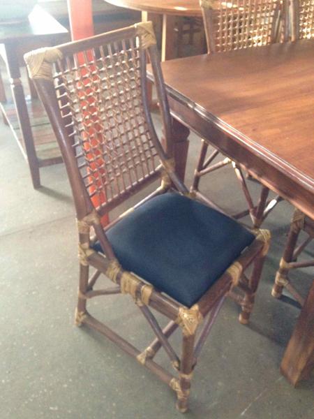Cadeiras Apui